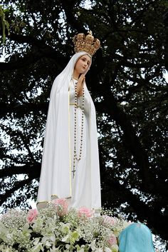 - Intramuros Grand Marian Procession 2014 - December 2014 - Intramuros, Manila **Please observe courtesy when using my photos for any purpose. Mother Mary Images, Images Of Mary, Blessed Mother Mary, Blessed Virgin Mary, Jesus Son Of God, Hail Holy Queen, La Madone, Jesus Photo, Jesus Christ Images