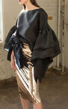 Bell Sleeve Top with Santiago Sequin Skirt by Leal Daccarett Fall WInter 2018 Indian Designer Outfits, Designer Dresses, Hijab Fashion, Fashion Dresses, Elegant Dresses For Women, Chic Dress, Well Dressed, African Fashion, Blouse Designs
