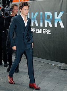 Harry en la premiere de Durkink