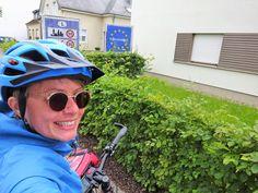 Juli-e-cycle en passage au Luxembourg, aurevoir la bonne bière belge! :D #velo #bicyclette #veloelectrique #ebike #vae #tourdefrance #cyclingtour #cyclotourisme #RestartCycleTourism #ardennes #cyclingtour #juli_e_cycle #velafrica #luxembourg #ardennes