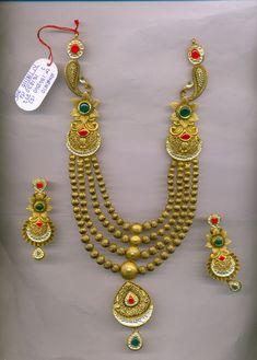 Mens Gold Jewelry, Gold Jewellery Design, Bridal Jewellery, Wedding Jewelry, India Jewelry, Ear Jewelry, Jewelry Sets, Jewelry Stores, Gold Set