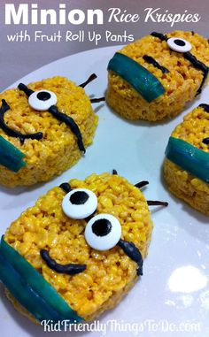 Minion Rice Krispies Treats Recipe Food Idea - What a fun idea! Perfect for a Minion birthday party. The Minions even have fruit roll up pants! Fun! Step by step tutorial!
