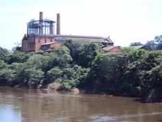 Porto Feliz (SP) - Brasil - antiga usina e Rio Tietê