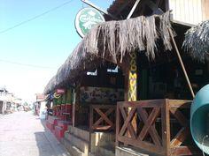 Canoa Quebrada é muito, muito, muito quente!