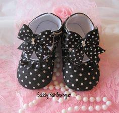Adorable little shoes~