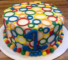 Primary colors circle cake