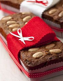 Mary Berry's mincemeat loaf cakes......a perfect gift!