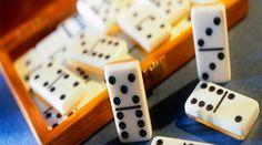 Keuntungan Main Permainan Di Agen Domino QQ Online. Permainan dominoQQ sekarang ini udah jadi di antara permainan yang paling disenangi di semua penjuru