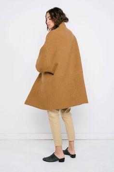 Cocoon Coat / Elizab