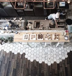 Direction Bangkok Coffee & Brunch lovers, here is your place ☕️ // Amazing shot from Coffee Bar Design, Coffee Shop Interior Design, Cafe Interior, Cafe Design, Cofee Shop, Coffee Shop Bar, Coffee Store, Classic Restaurant, Cafe Restaurant