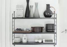I like the shelf itself, but also the flour jar. Well, and everything else.