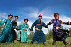 Buryat mongols dance  by Batzaya Choijiljav, via 500px