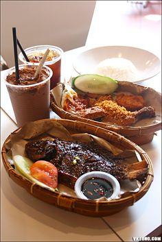 Waroeng Penyet Tradisional Indonesian Food