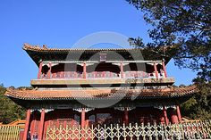 The Beijing ancient building, located in Jingshan Hill Park, Beijing`s central axis, opposite the north gate of the Imperial Palace, built in the Qing Dynasty, the emperor is a place to visit.