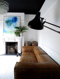 47 Park Avenue.: love the brown leather sofa