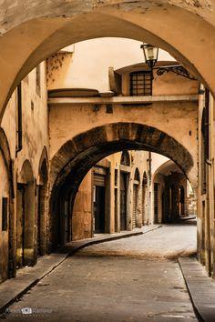 Florencia by Alexis Ramirez Flores on Street, City, Travel, Florence, Viajes, Roads, Cities, Trips