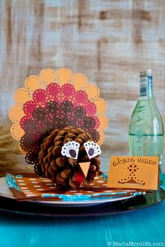 Best Kids turkey crafts for thanksgiving. Teach your kids to give thanks and be thankful in creative ways this Fall (Autumn). Make easy thanksgiving crafts Thanksgiving Crafts For Toddlers, Christmas Crafts For Kids To Make, Thanksgiving Activities, Halloween Crafts For Kids, Kids Christmas, Holiday Crafts, Diy Thanksgiving, Easy Halloween, Kids Crafts