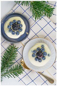 Rezept Spekulatius Käsekuchen mit weißer Schokolade und frischen Beeren Rezept Weihnachts Menü Dessert 180gradsalon