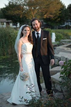 Paula Varsalona Gown on a stunning bride!
