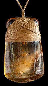 Kauri Amber Toki by Alex Sands wwwboneartconz Amber Jewelry, Jewelry Art, Jewlery, Amber Earrings, Stone Necklace, Stone Jewelry, Wooden Jewelry, Handmade Jewelry, Stone Wrapping