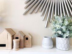 "Liz on Instagram: ""Floral change 🌿⚓️. #interiordesign #design #styleinspo #shotoniphone #vscocam"" Home Decor Inspiration, Cottage Decorating, Change, Interiordesign, Planter Pots, Shelves, Instagram, Floral, Cabin Decorating"