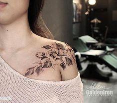 58 New Ideas Tattoo Shoulder Stars Tatoo Bone Tattoos, Sexy Tattoos, Body Art Tattoos, Sleeve Tattoos, Styles Of Tattoos, Tattoos For Women Half Sleeve, Shoulder Tattoos For Women, Tattoo Girls, Girl Tattoos