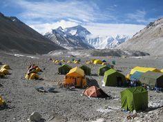 Second Major Earthquake Hits Nepal Near Mount Everest image
