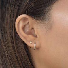 Bijoux Piercing Septum, 2nd Ear Piercing, Double Ear Piercings, Pretty Ear Piercings, Ear Peircings, Piercings For Small Ears, Double Earrings, Simple Earrings, Simple Jewelry