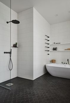 Monochrome Materials | Get the Look: Statement Bathrooms | Bathroom in the Lahti Home by Joanna Laajisto