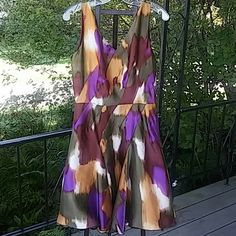 New Oscar De La Renta Multicolored Abstract Dress! Brand New with tags AUTHENTIC Oscar De La Renta Multicolored Abstract Dress! Silk! Lined! Zipper Closure!  V-neck and V-back.   ****Taking Reasonable offers!    Absolutely beautiful! ****Free OSCAR DE LA RENTA BLACK LEATHER BELT with this purchase! ****Free OSCAR DE LA RENTA  Cream bag with this purchase!! Oscar de la Renta Dresses