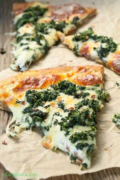Eat Good 4 Life Roasted garlic spinach white pizza