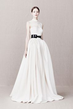 Alexander McQueen Pre-Fall 2013 Fashion Show - Esther Heesch (Next)