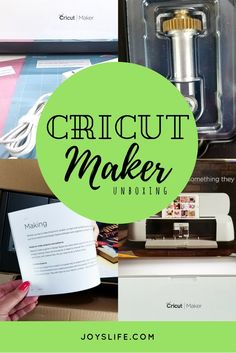 Check out this Cricut Maker Unboxing to see just what comes in the Cricut Maker box! Cricut Expression 2, Cricut Explore, Diy And Crafts, Diy Projects, Crafty, Silhouette Curio, Blog, How To Make, Cricut Ideas