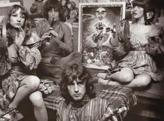 The Fool were a Dutch art/design/music collective who had a tremendous impact on London psychedelic scene between 1967 and 1968. Alth...