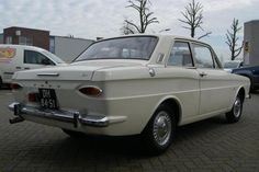 my second car in 1974 : Ford Taunus 1.2 12M 1968