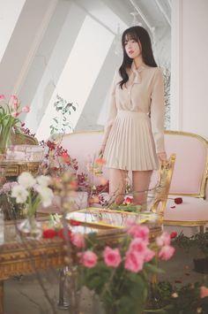 #milkcocoa daily feminine& classy look(MT)