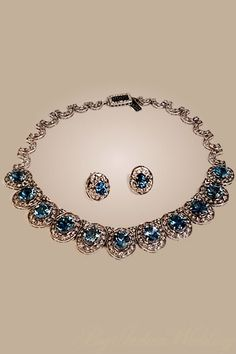 a beautiful neck piece with matching earrings