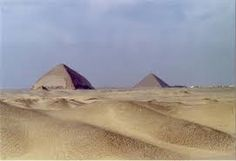 Tour a Dahshur desde Cairo las dos piramides de Senefru de las piramides mas conservadas en Egipto #Dahshur #Egipto #Tour_Dahsur http://www.maestroegypttours.com/sp/Excursi%C3%B3nes-en-Egipto/Cairo-Excursi%C3%B3nes