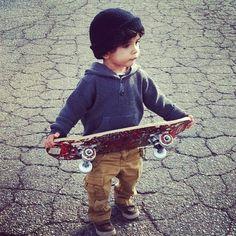 Mini skate boy style