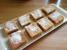 receptyywett : Babkin jablkový koláč Banana Bread, French Toast, Breakfast, Milan, Food, Apple Tea Cake, Morning Coffee, Essen, Meals