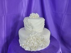 Rushing is very popular in wedding dresses so we are doing it in sugar now.l