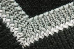 Adding a perpendicular border to an edge of blanket or shawl. Hopefully this will help me finish my project!