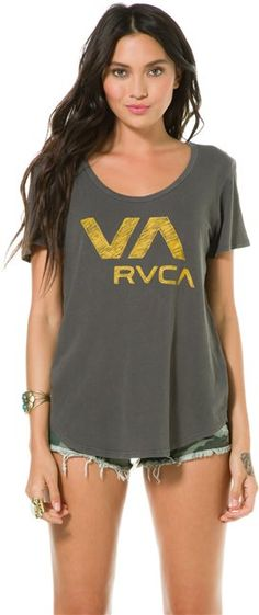 RVCA VA BALL POINT SCOOP NECK SS TEE  gt  Womens  gt  Clothing  gt  0b4daa757