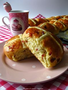 Profumo di cannella e cioccolato: Re-cake Hot cross buns