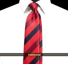 Kırmızı Lacivert Çizgili Orta İnce Kravat 5663 7 cm. Modern Orta Stil, Mikro Kumaş...  http://www.sadekravat.com/kirmizi-lacivert-cizgili-orta-ince-kravat-5663 #kravat #kravatım #kravatmodelleri #tie #tieoftheday #pocketsquare #örgükravat #ketenkravat #ipekkravat #slimkravat #ortaincekravat #incekravat #gömlek #ceket #mendil #kravatmendilkombin #ofis #bursa #türkiye #çizgilikravat #şaldesenlikravat #ekoselikravat #küçükdesenlikravat #düzkravat