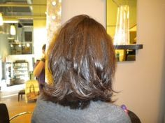 LOVE THIS shoulder length hair with layers...Wanna grow my hair to my shoulders... over long hair, and short is too short!