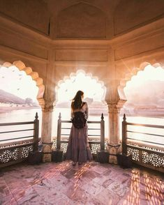 Udaipur #Rajasthan Jaipur Travel, India Travel, Best Places To Vacation, Dream Vacations, Travel Pictures, Travel Photos, Dream Pictures, Girl Photography Poses, Travel Photography