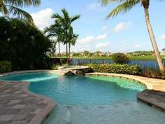 Talavera Place - lakefront pool home
