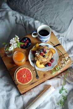 Just nu är vi inne i en tid då det finns många tillfällen att fira med en frukost på sängen. Mors dag, födelsedagar, semester...