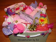 diaper babies in a box, princess theme / Windelbabys in a Box, Thema Prinzessin von Windeltorten By Evi auf DaWanda.com